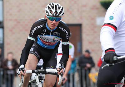 Zege ter ere van Niels de Vriendt: ploegmaat van betreurde renner wint oefenkoers in Iddergem