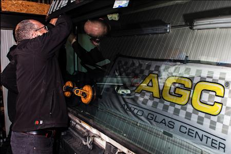 AGC Autoruit tinten, vervangen en herstellen foto
