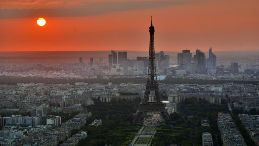 Découvrir Paris by night