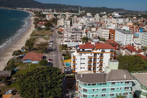 Hotel Vila das Palmeiras