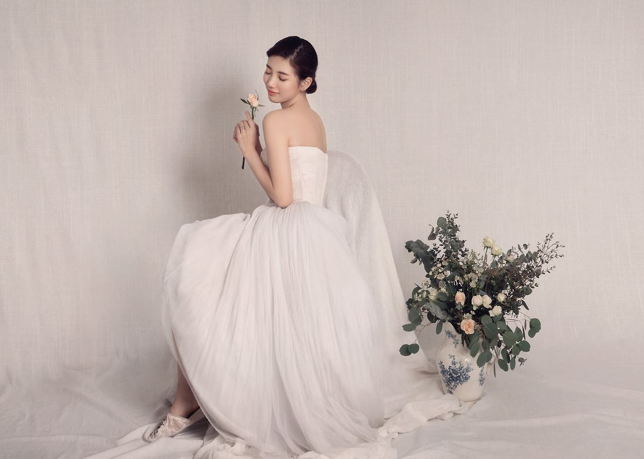 Here's When Suzy, Yoona, and IU Want To Get Married