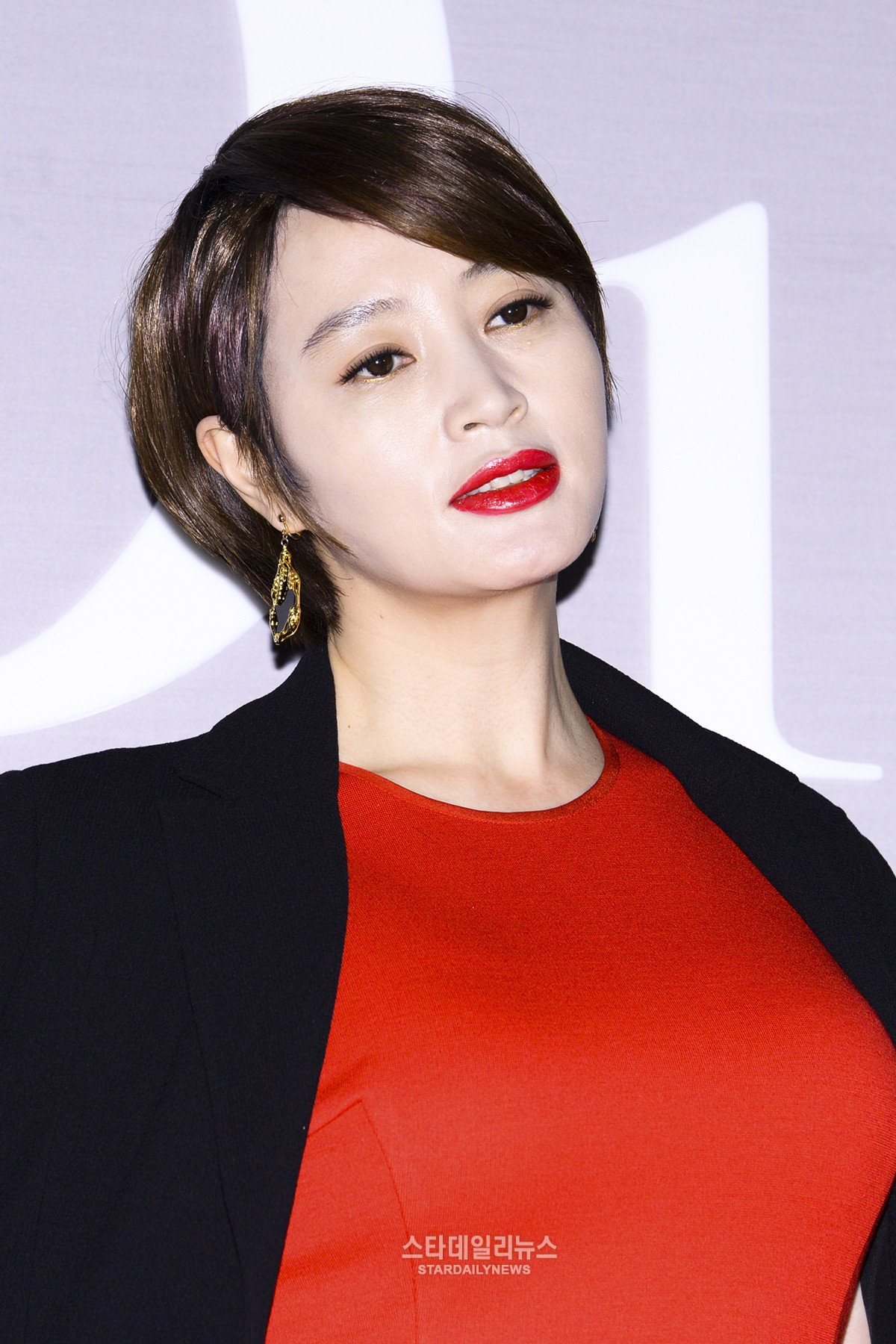 e Korea s Top Actresses Is Considering Quitting The