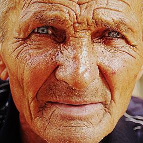 Old smoker by Milan Milosevic ヅ - People Portraits of Men ( face, old, hdr, smoker, men, man, portrait, eyes, people )