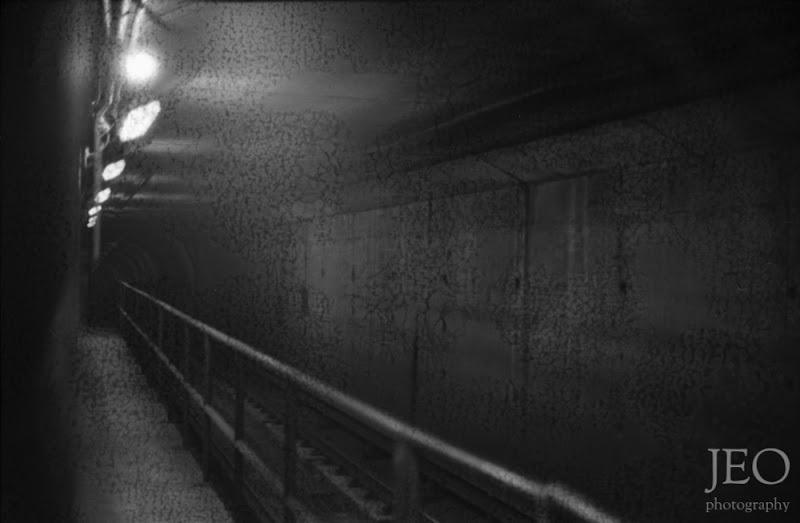 Photo: the metro in B&W