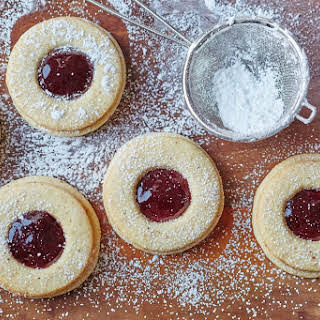 How To Make Classic Linzer Cookies.