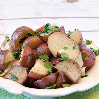 Slow Cooker Garlic Butter Potatoes