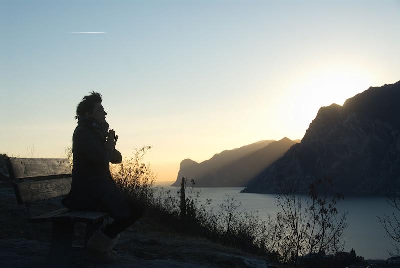 Solitaria meditazione di -Os-