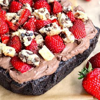 Strawberry Cookies and Cream Cake