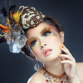 de.. by YanuArs Nuvio - People Fashion ( glamour, make-up )