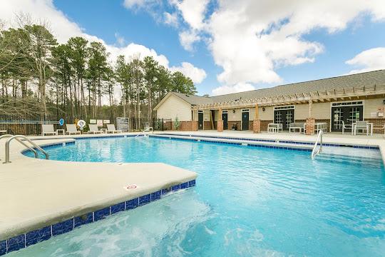 Ryder Downs Apartments in Sanford, North Carolina | Pet-Friendly