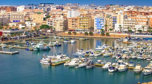 Imagen del Puerto de Roquetas de Mar, donde se desarrollarán las actuaciones.