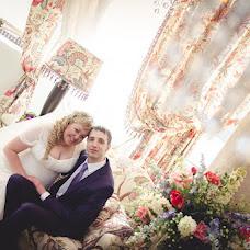 Wedding photographer Mikhail Ageev (EmotionStudio). Photo of 09.12.2012