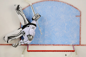 Photo: Nashville Predators right wing Patric Hornqvist shot beats Los Angeles Kings goalie Jonathan Quick for what would be the game-winning goal during the second period at Bridgestone Arena on Monday in Nashville, Tenn. The Predators won 2-1. Photo by Sanford Myers, The Tennessean.