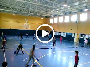 Video: Practicas de mini tenis de 3º a 6º de primaria. profesora Paloma C.