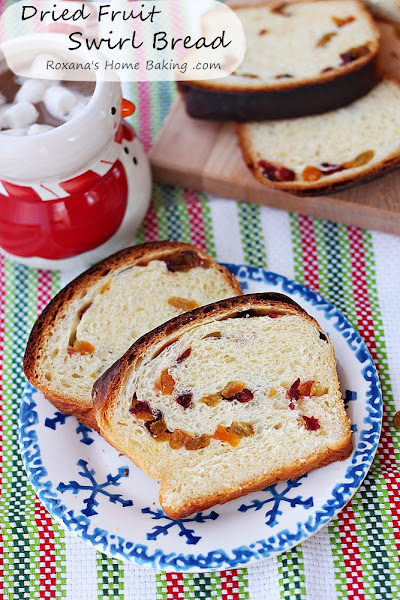 Photo: Romanian dried fruit swirl bread recipe (cozonac) http://www.roxanashomebaking.com/romanian-swirl-bread-recipe-25recipestoxmas/ #25recipestoxmas   #holidaybread   #christmas2012   #breadrecipes