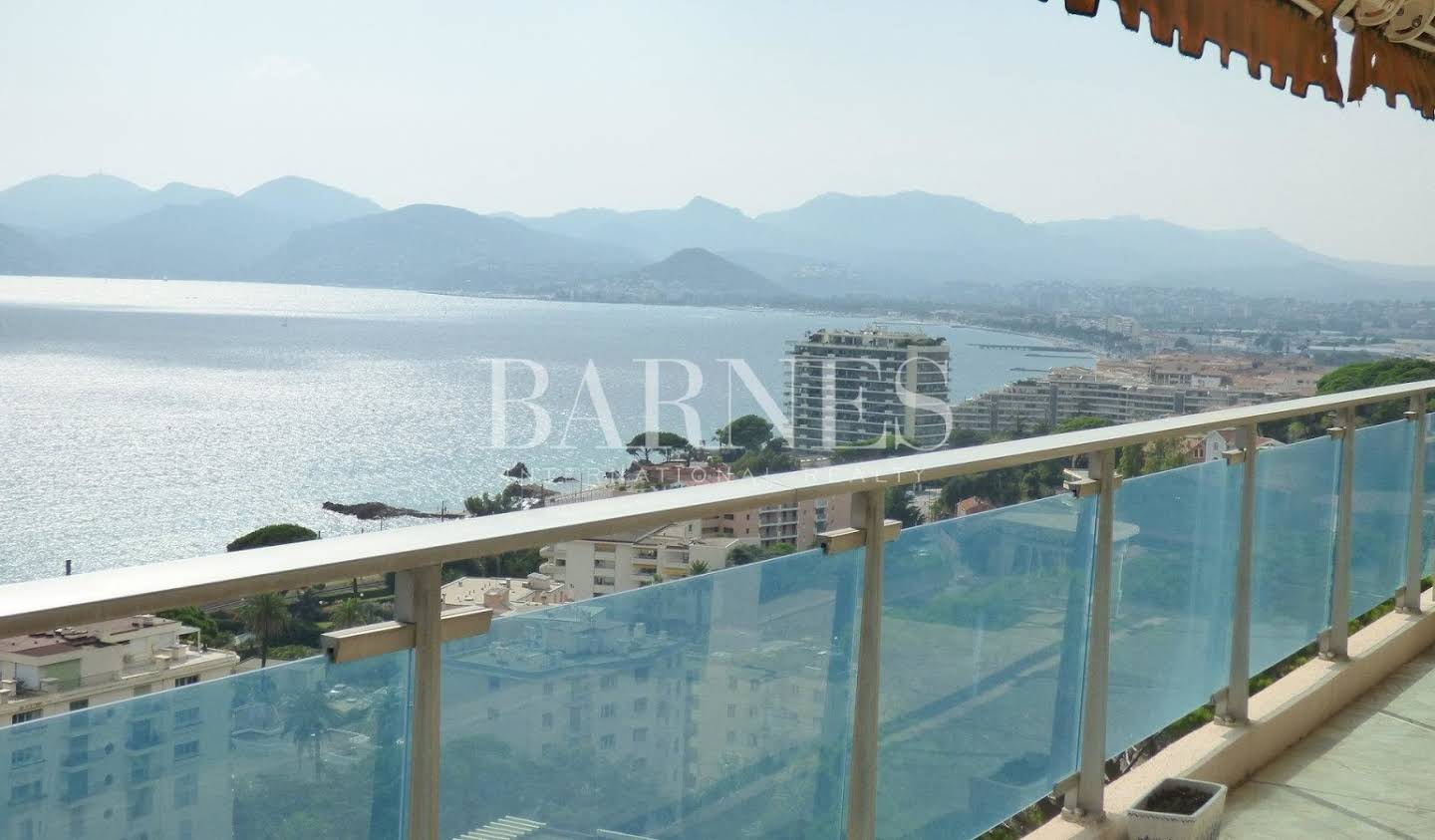 Apartment with terrace Cannes