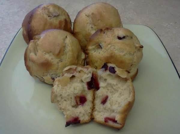 Cinnamon Plum Muffins