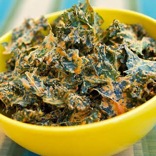 """""""Cheese"""" Kale Chips."""