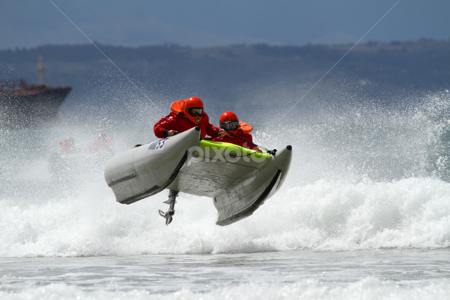 by Heinrich Sauer - Sports & Fitness Watersports