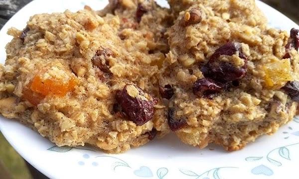 ~ Breakfast In A Cookie ~ Oats, Fruit & Nut Recipe