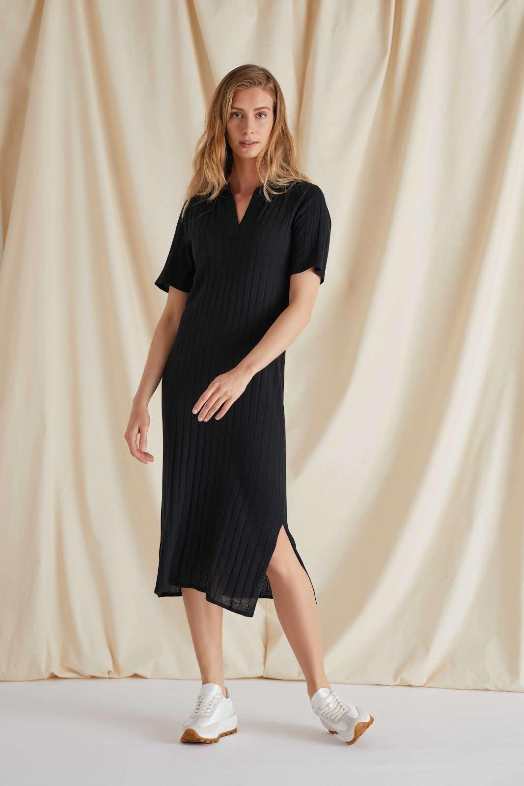 Fine Knit Rib Collar Dress