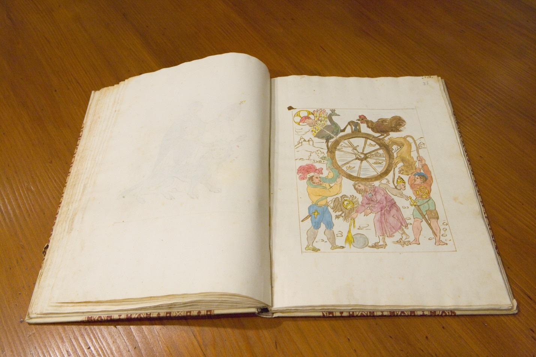 http://www.bibliotecapleyades.net/profecias/nostradamus/Lost_Book_Of_Nostradamus_4.jpg