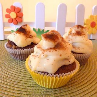 Vera's Homemade Puding & Jam Cupcakes