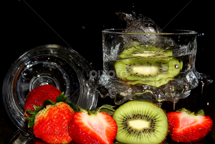 by Dipali S - Food & Drink Fruits & Vegetables ( water, fruit, splash, kiwi, strawberry )