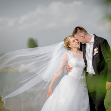 Wedding photographer Nikolay Meleshevich (Meleshevich). Photo of 13.05.2018