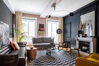 Appartement 7 pièces 207 m2