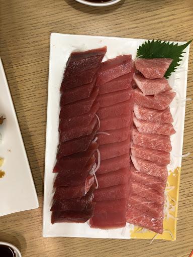 幸福168真的很超值~1688可以吃到這麼多富有油脂的前腹Otoro👍 吃得很開心😃魚油比牛油豬油更佳!