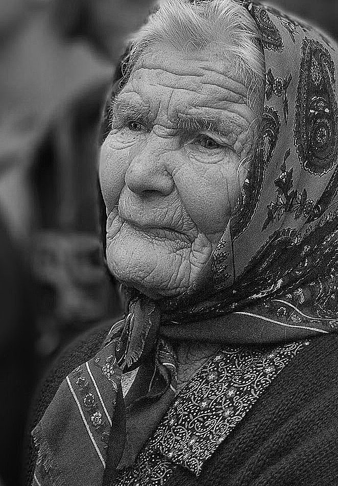 Anziana di Flory