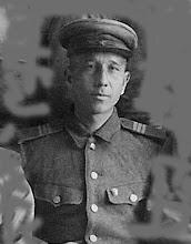 Photo: Семенов Иван Александрович, 1921 г. рожд., призван в армию в 1939, демобилизован в 1946 году. Фото 1945 г.