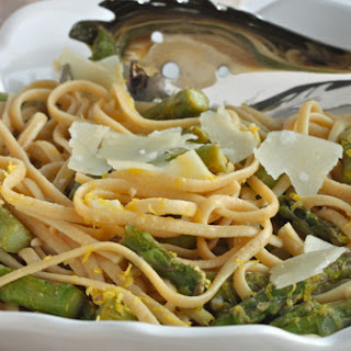 Whole-Wheat Linguine with Asparagus and Lemon