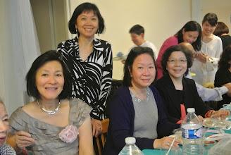 Photo: Chi Lan, Minh Tam, Monique, Gisèle