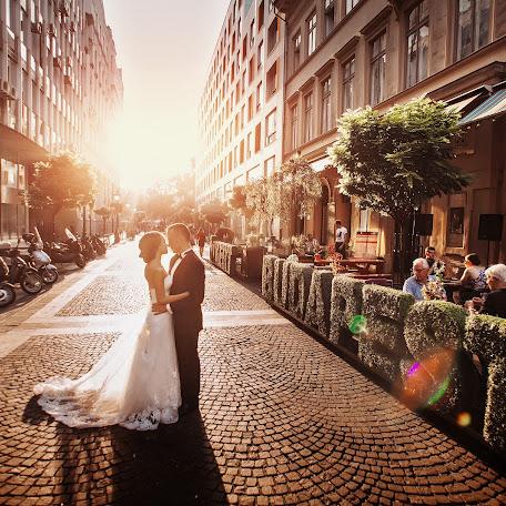 Wedding photographer Oleg Oparanyuk (Oparanyuk). Photo of 21.02.2015