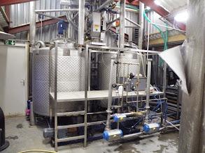 Photo: Fermentatieketels met koeling en verwarming om met behulp van gist ethanol te maken