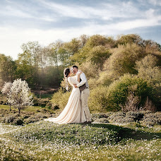 Wedding photographer Elena Lipatnikova (Smolic). Photo of 17.04.2018
