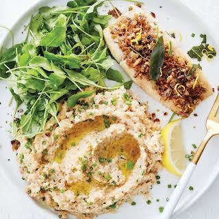 Herb-Crusted Cod with Cauliflower Purée & Arugula.