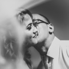 Wedding photographer Miroslava Velikova (studioMirela). Photo of 14.10.2018
