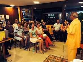 Photo: Palestra no lançamento do livro Bhakti Yoga