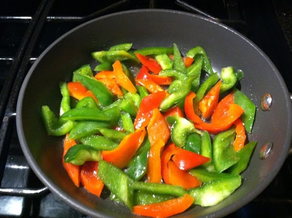 IN A MED SIZD PAN HEAT 2 TBLSPN OF OLIVE OIL N ADD DICED...