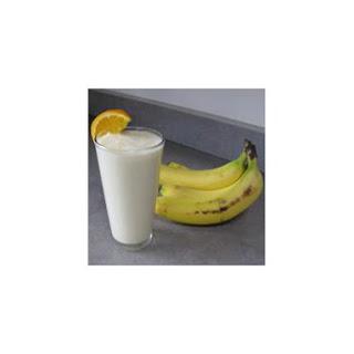 Basic Banana Breakfast Smoothie.