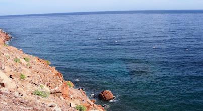 Photo: Paddling swells off Timbabichi