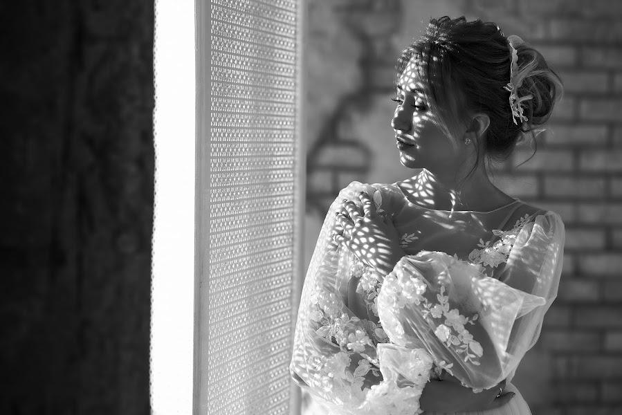 Wedding photographer Vladimir Borele (Borele). Photo of 08.03.2019