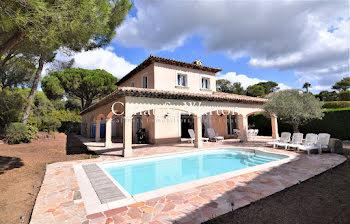villa à Saint-raphael (83)