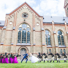 Wedding photographer Yanis Luste (lustephoto). Photo of 11.08.2015