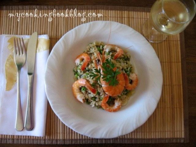 Лесна паеля (paella) със скариди