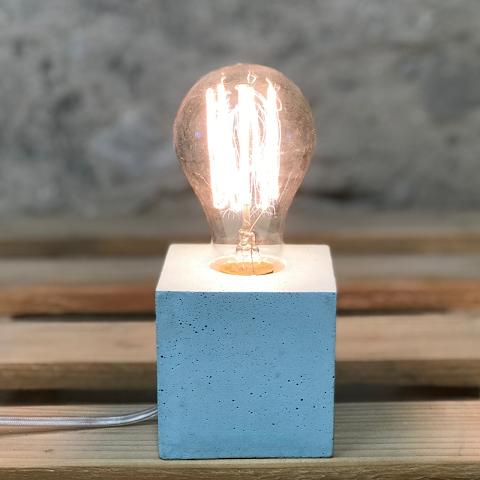 lampe cube béton bleu pastel