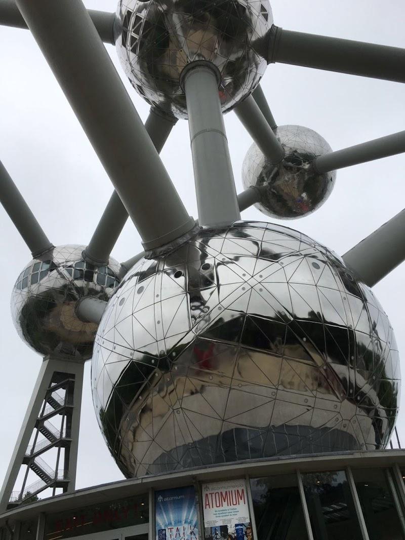 L'atomo di Bruxelles! di Lady10